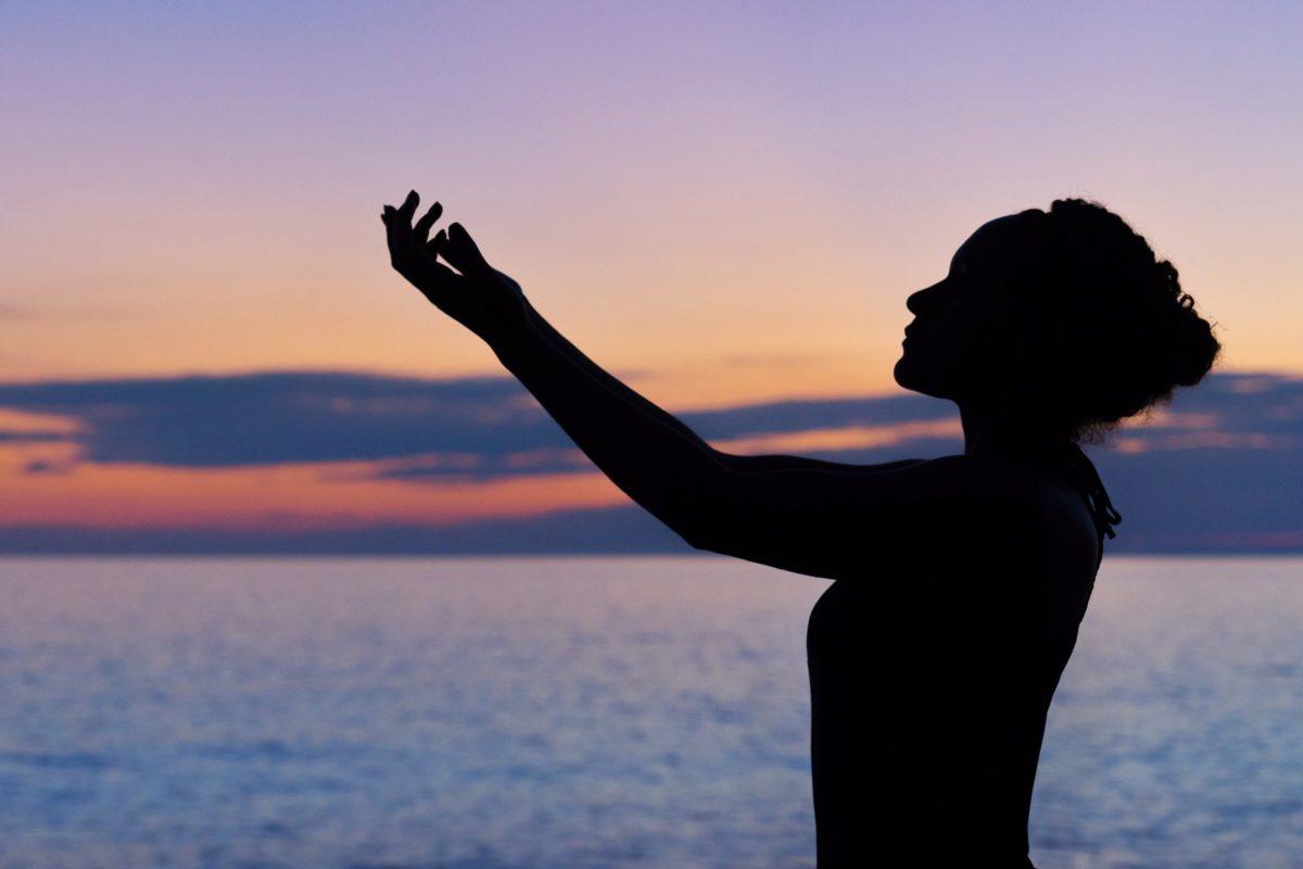【ストレスと便秘】これらの原因に有効な漢方薬、逍遙散(しょうようさん)