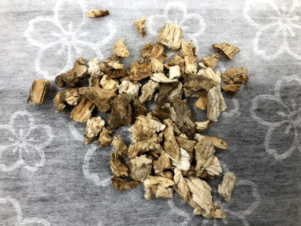 【沙参(しゃじん)】漢方薬に含まれる生薬の効能【生薬解説】